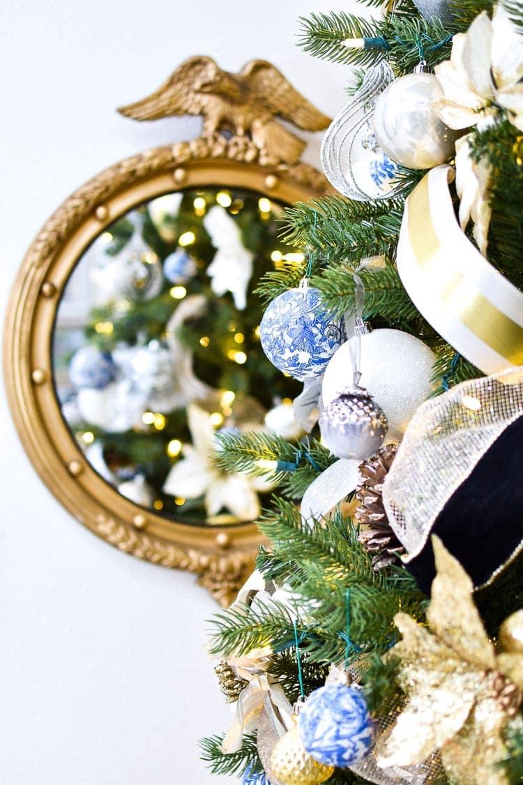 Chinoiserie Christmas tree