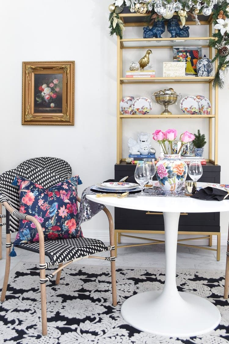Black and white dining room holiday decor ideas on a budget
