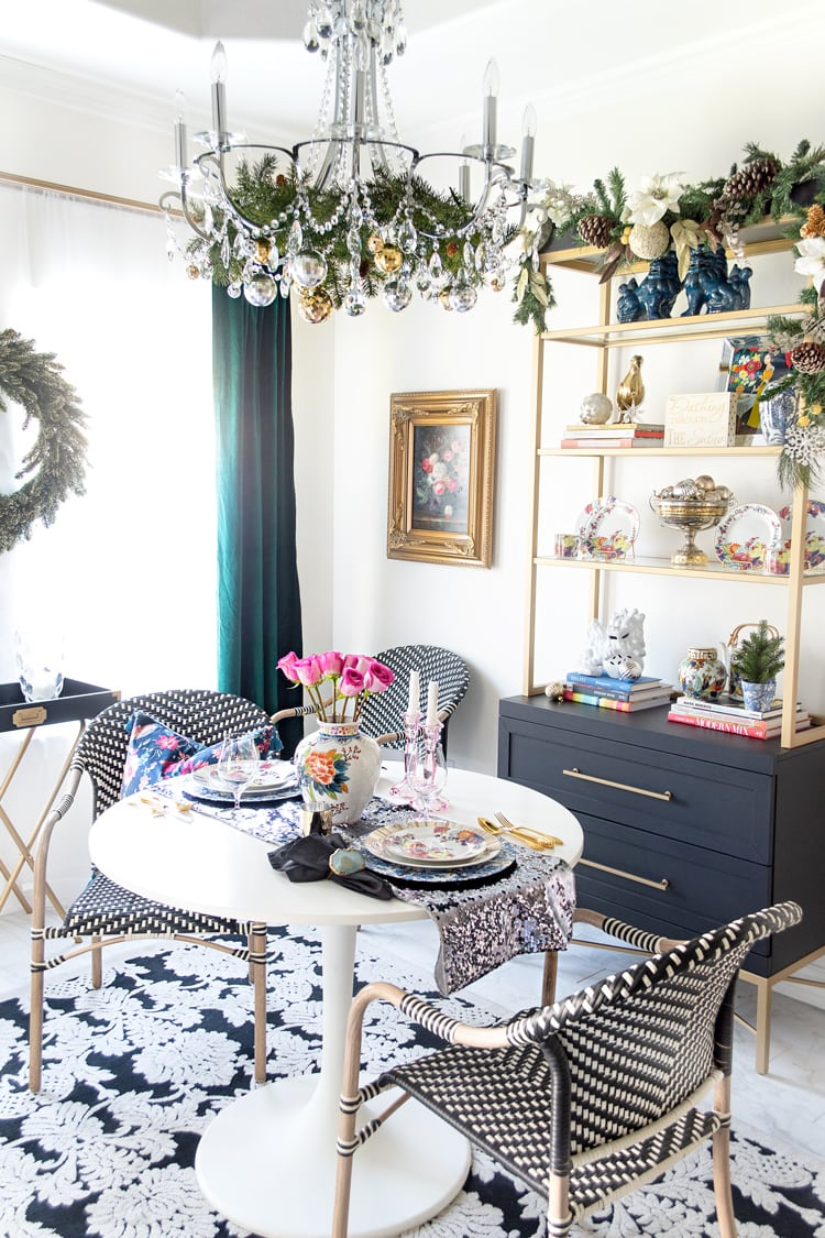 small dining room decorated for christmas budget ideas