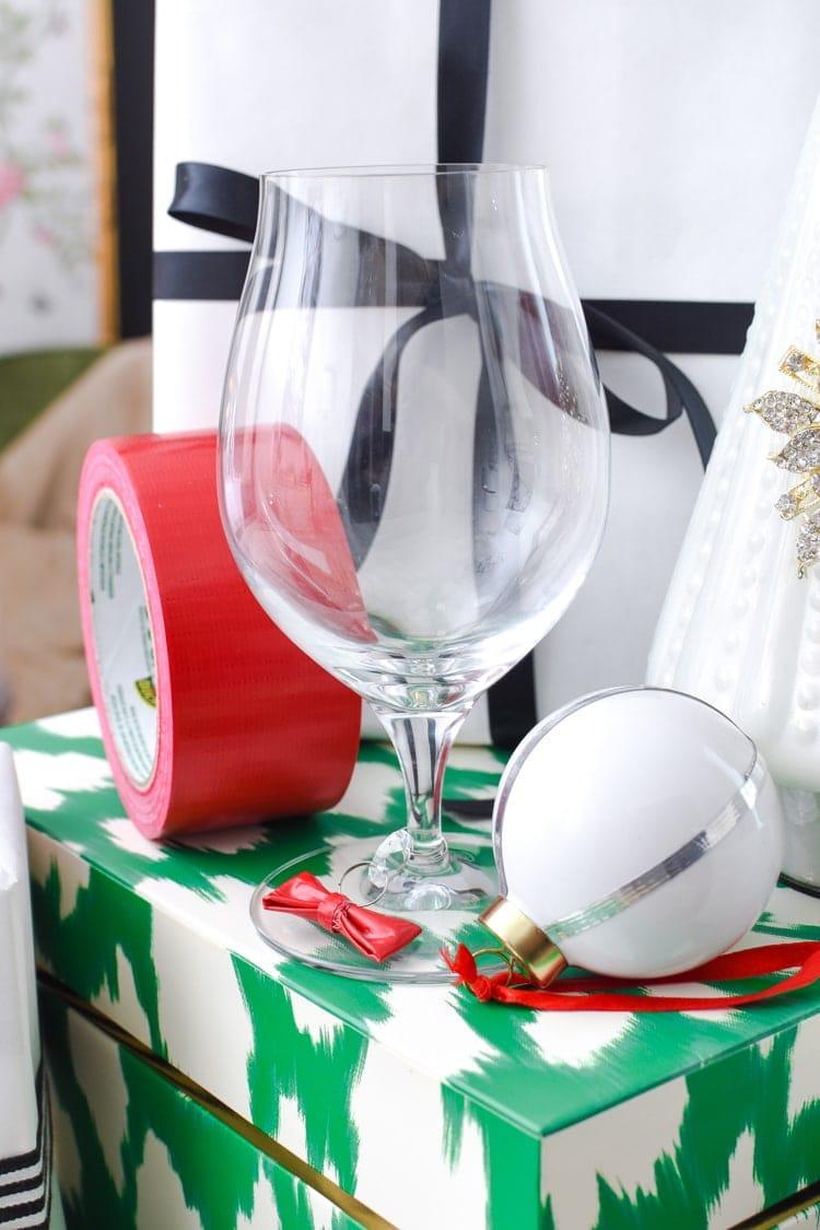 DIY mini wine charms using Duck Tape