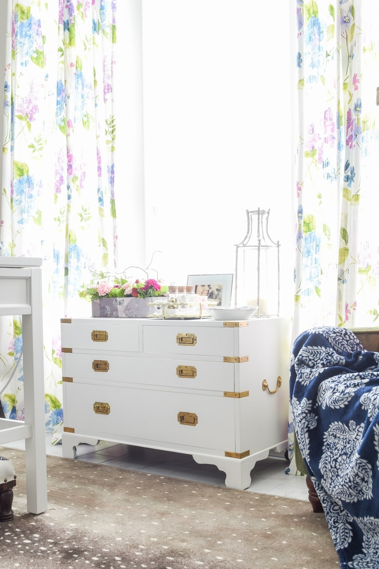 DIY tutorial how to paint campaign chest furniture using BEHR chalk paint